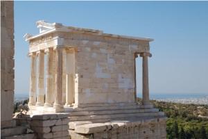 Temple_of_athena_nike_2010